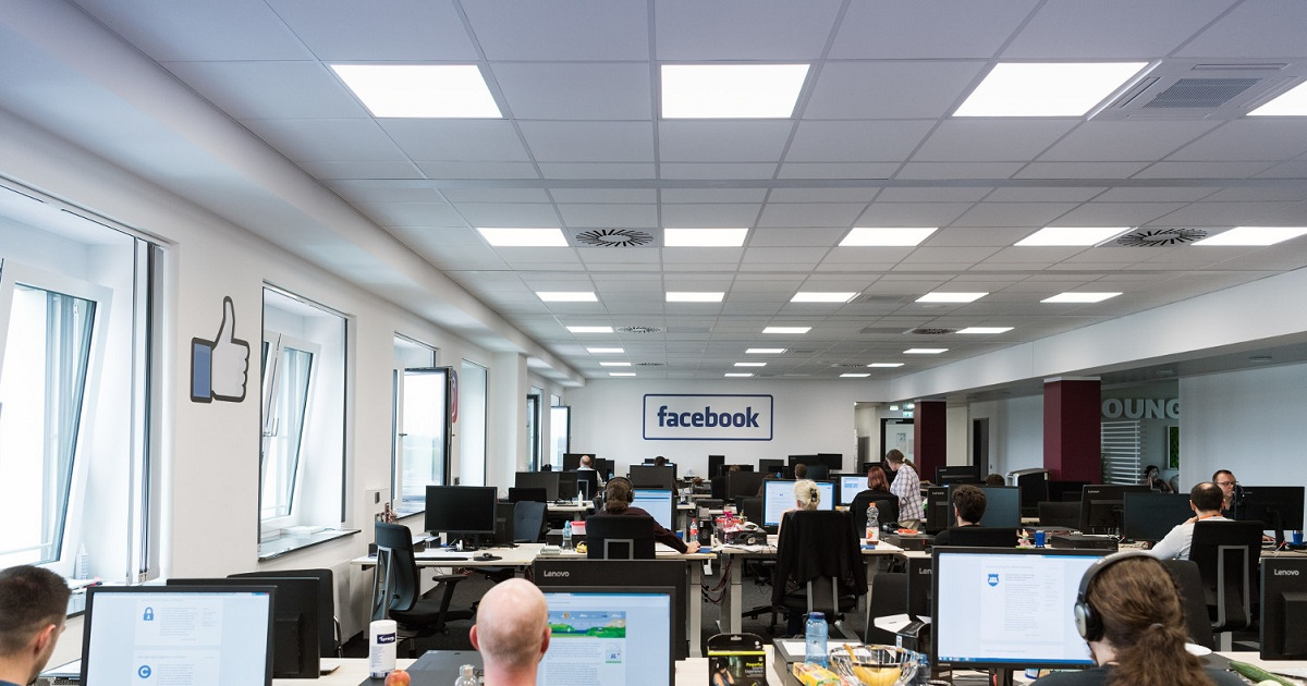 Is Artificial Intelligence Ready to Replace Humans in the Facebook Content Moderation Challenge?
